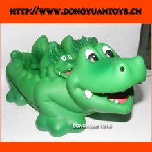 crocodile shape baby bath toy sets;vinyl pvc design soft bath toy with whistle