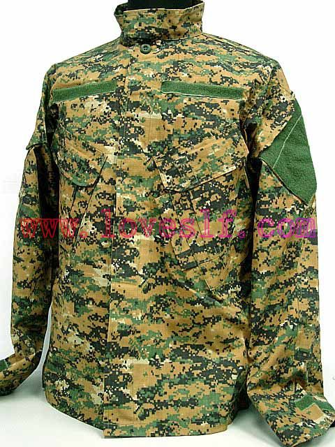 Desert Camouflage Combat uniform/camouflage clothing/military uniforms made in china