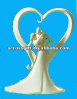 excellent white ceramic wedding couples with heart cake topper decoration