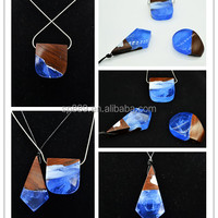 Factory Supply Miniature Wood Resin Pendants