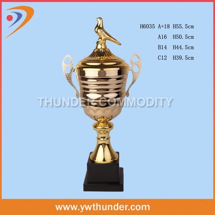 2015 New design metal trophy award martial arts trophy