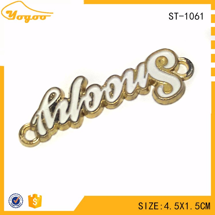 Brand Logo Engraved Gold Plating Metal Clothing Sew Label Tags with 2 holes