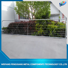 Customized cheap yard fencing ,cattle fencing euro panels metal fence
