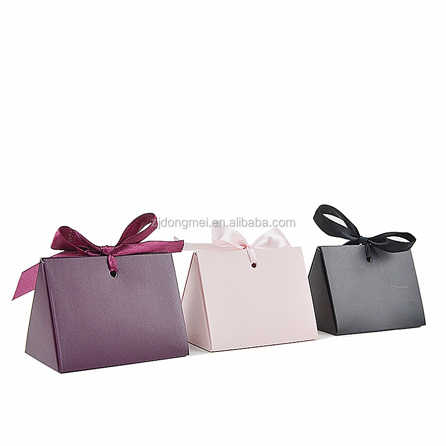 Solid luxury wedding gift/ jewelry/ cosmetic pearl pattern bag with ribbon