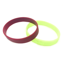 Hot selling silicone bracelet key ring silicone bracelets for advertising
