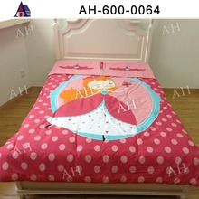 fashionable quilting and polyester comforter