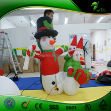 Inflatable Christmas Decorations Inflatable Snowman Santa Claus Christmas Tree Reindeer with LED Lighting