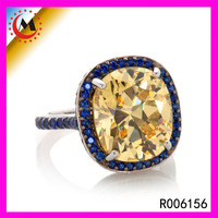 New Designs Yellow Gold Cubic Zirconia Ring Gold Sapphire Edge Cocktail Ring