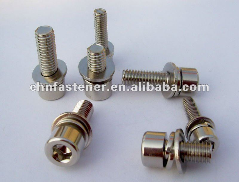 Hexagon socket head cap screws with washers