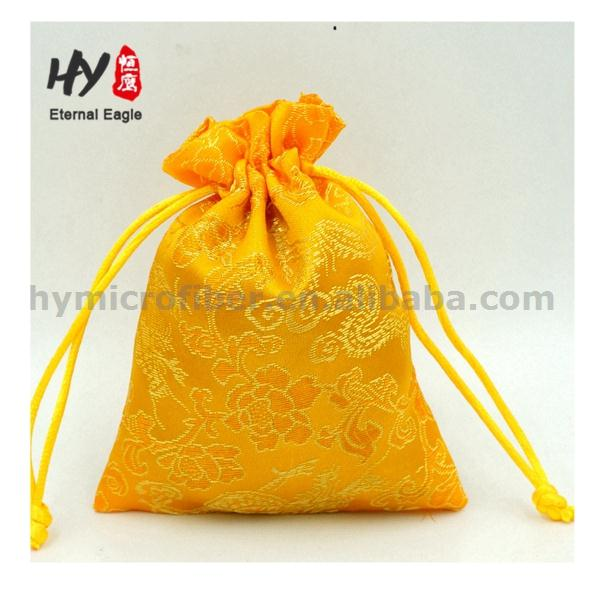 High-end customized color promotional christmas cloth jewelry bag