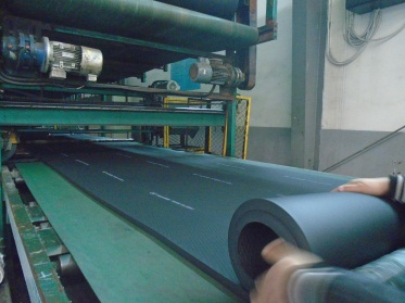 Extrusion (Rubber Foam Insulation Material)