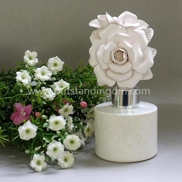 Ceramic Flower Fragrance Diffuser In White Glass Bottle For Home Decoration