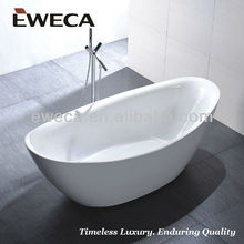 Freestanding Used bathtub