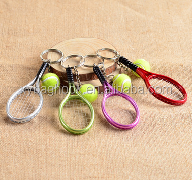 2017 newest wholesaler sport tennis racket key chains can be OEM