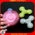 CE&rRohs Certification LED Flashing Hand Spinner Popular Gift LED Finger Toys Hand Spinenr