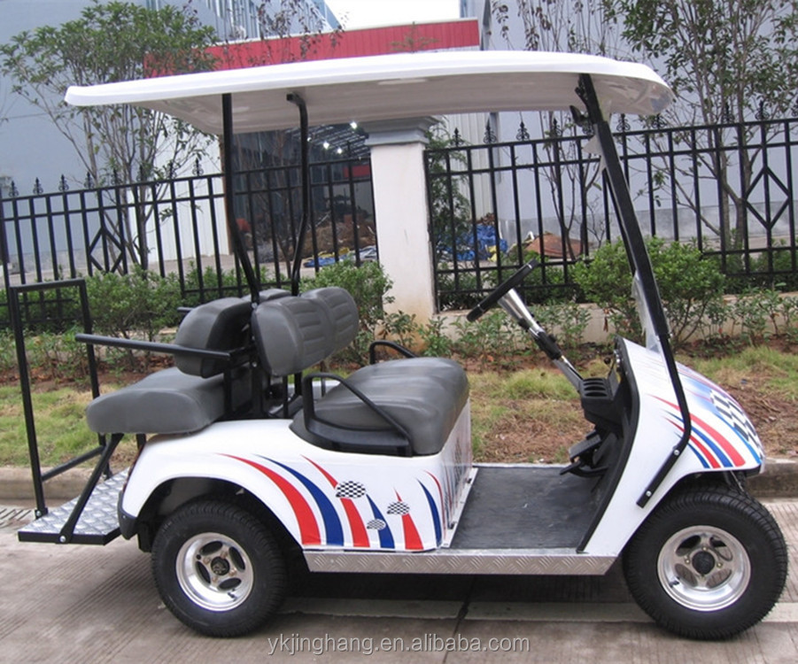 4 seats electric golf cars with special color and suitable price for sale