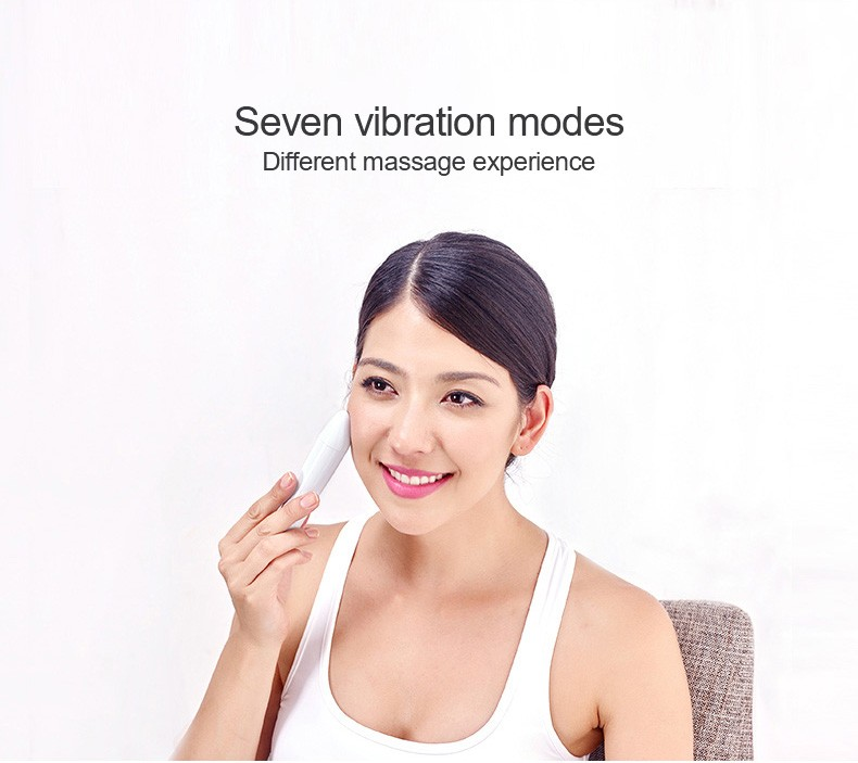2017 Hot sale Face Care Mini Facial Device Beauty Face Massager