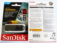 SDCZ80-128G-X46 SanDisk 128GB Extreme USB 3.0 Flash Drive