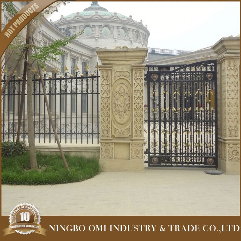 china top sale High quality modern iron gates models/ Wrought iron main entrance gate/iron pipe gate design