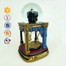 New product promotion polyresin snow globe Valentines day gift