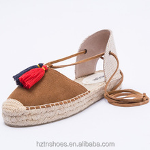 2017 Cow Leather Suede Bandage Fashion Sandals Tassels Across Deisgn Lady Flat Shoes