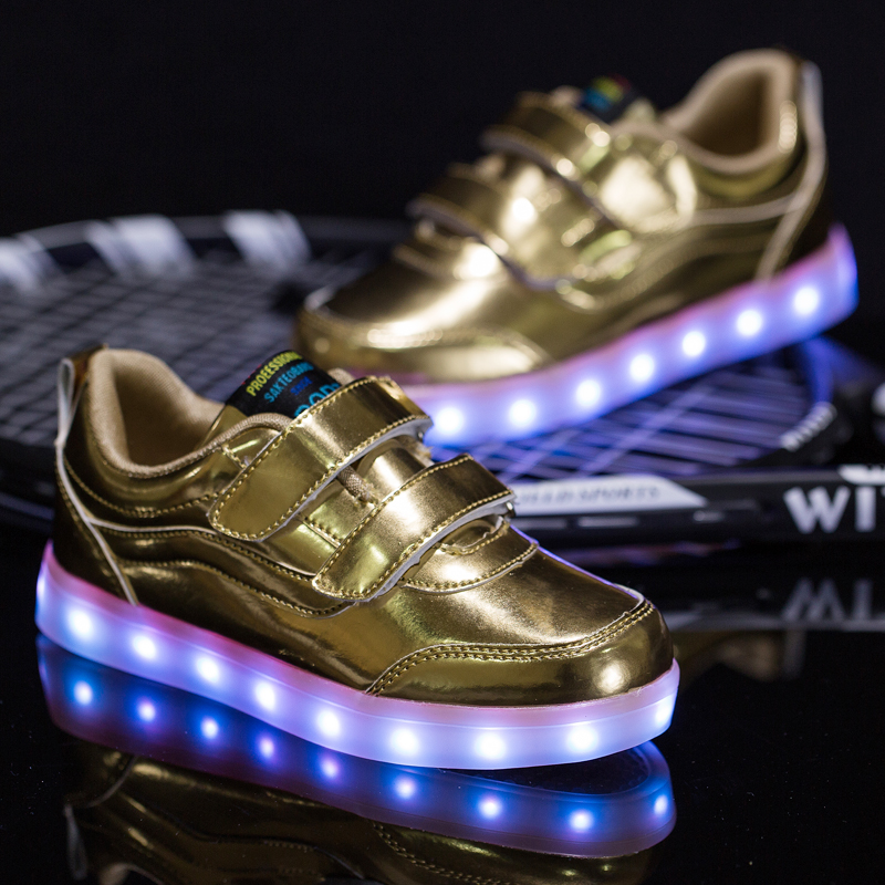 2016 latest design and fashion causal gold led light up dance shoes for kids
