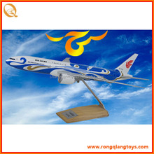 1:400 scale model plane passenger plane model Aircraft model of airline FW7850777-300
