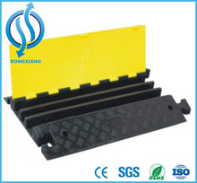Rubber Road Hump/speed bump/cable mat for 20 tons 900*500*75mm/900*600*75mm