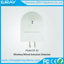 Wireless home use water flow sensor leak stop with metal probe