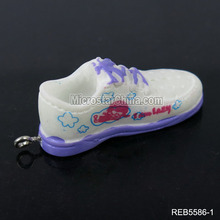 Many design wholesale resin sport shoe necklace pendant in stock