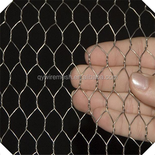 Roll of 10m x 900mm Hex Pre Galv Welded Mesh Wire Netting Fence 25mm/ Roll of 10m x 900mm Hex Pre Galv Welded Mesh Wire Netting