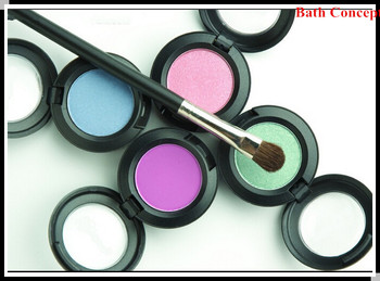 Smoky Single Color Eye Shadow with Brush