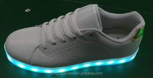 Hot selling led Light sneaker shoes.fashion led sneaker led light up adult sneaker