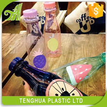 Plastic drinking water bottle with straw,transparent plastic bottle