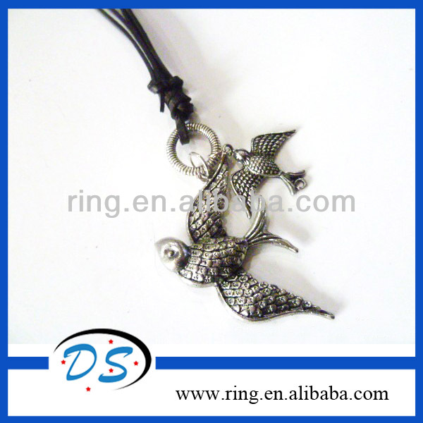 Fashion rock necklace and bird pendant with genuine leather necklace