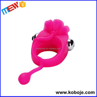 2015 hot selling sex toy for man beautiful penis ring automatic male masturbator
