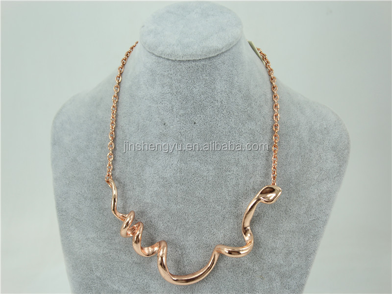 New Design rose gold plated necklace fashion snake shaped russian jewelry women necklace