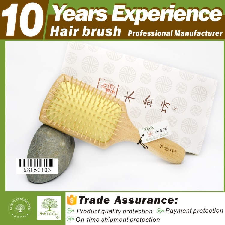 2016 hot sales new design produce wholesale Eco-Friendly wooden hair brush <strong>manufacturing</strong>