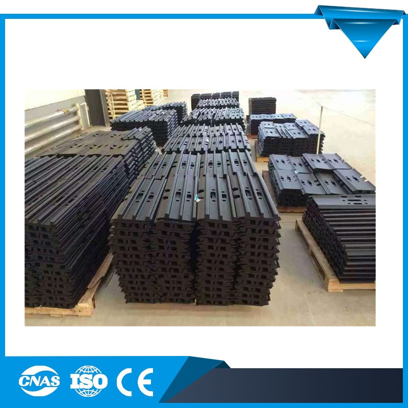 High Quality EC210BLC Excavator Bulldozer Parts Track Shoes Track Link Track Pads