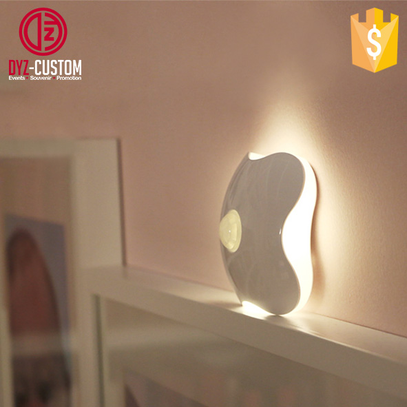 Intelligent LED Human Body Motion Induction Lamp Four Leaf Clover Shape Sensor Night Light