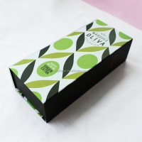 custom essential oil gift box with magnet