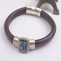 B7385-01 New Stylish Leather Rhinestone Magnet Clasp Bracelet Bangle Pulsera