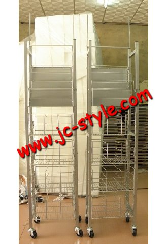 OEM metal wire basket red wine bottles display shelf/supermarket sales promotion whiskey liquor display rack/grape wine displays