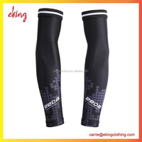 Newest design print soccer team/club logo player and fans sport arm sleeve cycling arm sleeve for men