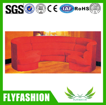 Romantic Rose Red Oval Sofa