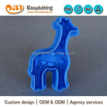 Newly Wholesale PP Plastic Giraffe Stamp Bulk Cookie Cutter