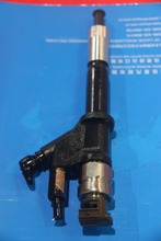 Densoe common rail fuel injector 095000-6583 fuel injector
