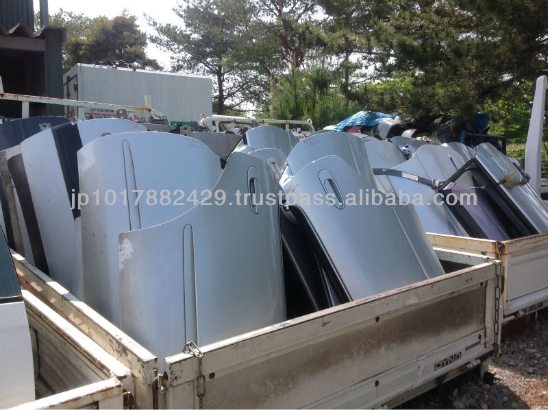 Japanese used auto parts for toyota rear door for hilux , hiace and other models