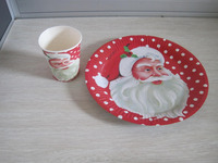 Father Christmas paper plate and paper cup