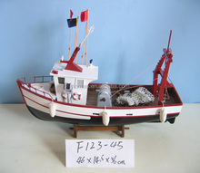 Wooden Fishing Tug Shrimp boat model, White 46x14.5x36cm , Fishing Crab ship model with flags, hand made tug vessel replic model